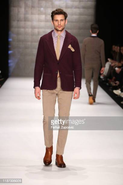 A model walks the runway at the Hemington show during MercedesBenz Istanbul Fashion Week at the Zorlu Performance Hall on March 21 2019 in Istanbul...