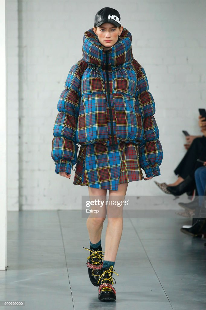 House of Holland - Runway - LFW February 2018 : ニュース写真
