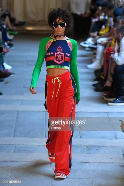 buy online dd122 af26c Iceberg Runway Milan Fashion Week Spring Summer 2019 Premium ...