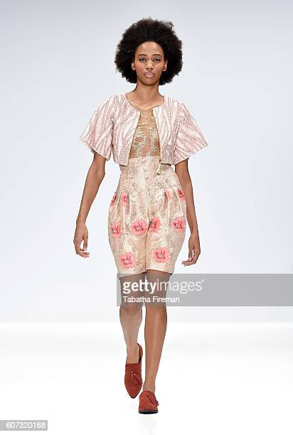 A model walks the runway at the INIFDLST show at Fashion Scout during London Fashion Week Spring/Summer collections 2017 on September 17 2016 in...