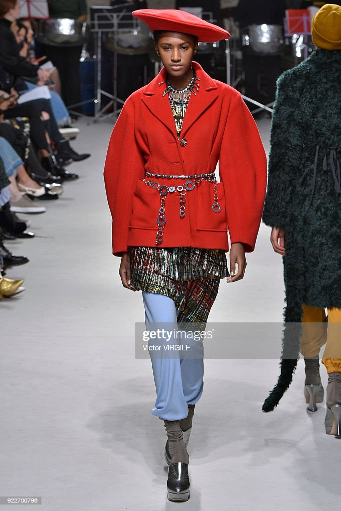 A model walks the runway at the Isa Arfen Ready to Wear Fall/Winter 2018-2019 fashion show during London Fashion Week February 2018 on February 20, 2018 in London, England.