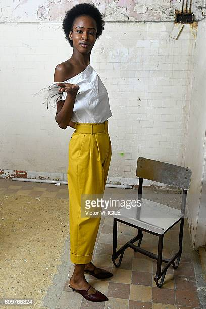 A model walks the runway at the Isa Arfen show during London Fashion Week Spring/Summer collections 2016/2017 on September 20 2016 in London United...