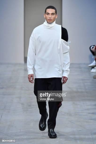 Isabel Benenato Runway Milan Mens Fashion Week Fall Winter 2018 19
