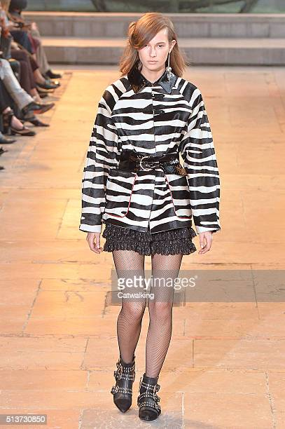 A model walks the runway at the Isabel Marant Autumn Winter 2016 fashion show during Paris Fashion Week on March 4 2016 in Paris France