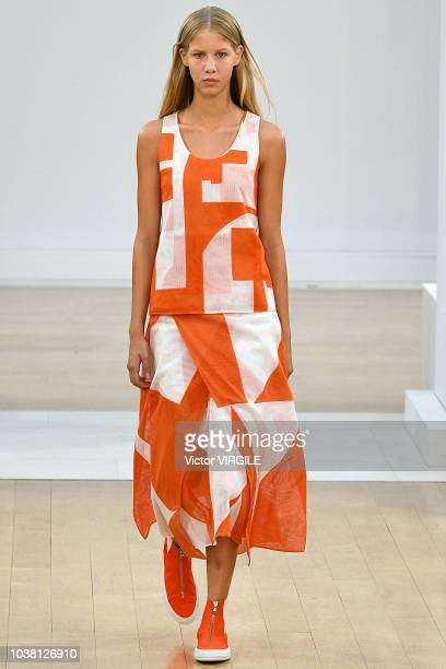 Model walks the runway at the Jasper Conran Ready to Wear Spring/Summer 2019 fashion show during London Fashion Week September 2018 on September 15,...