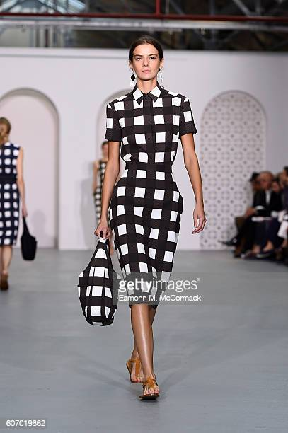 A model walks the runway at the Jasper Conran show during London Fashion Week Spring/Summer collections 2017 on September 17 2016 in London United...