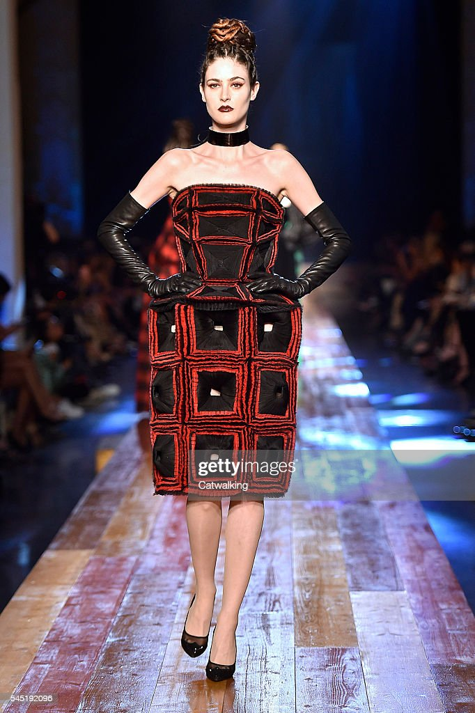 Jean Paul Gaultier - Couture Fall 2016 Runway