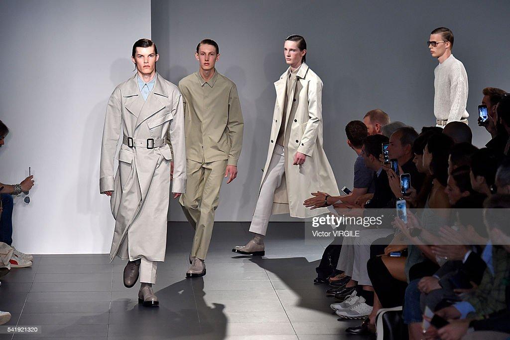 Jil Sander - Runway - Milan Men's Fashion Week SS17 : News Photo