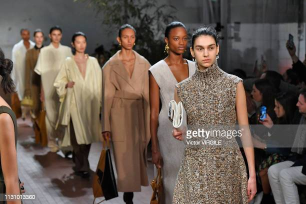 A model walks the runway at the Jil Sander Ready to Wear Fall/Winter 20192020 fashion show during Milan Fashion Week Autumn/Winter 2019/20 on...