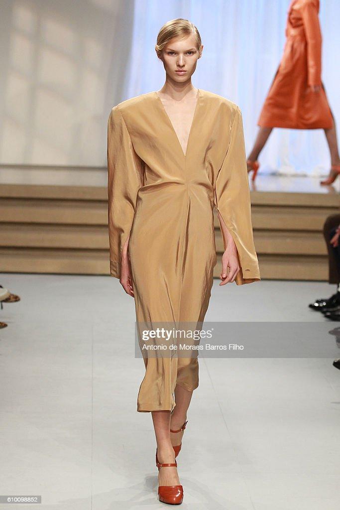 Jil Sander - Runway - Milan Fashion Week SS17 : Fotografia de notícias