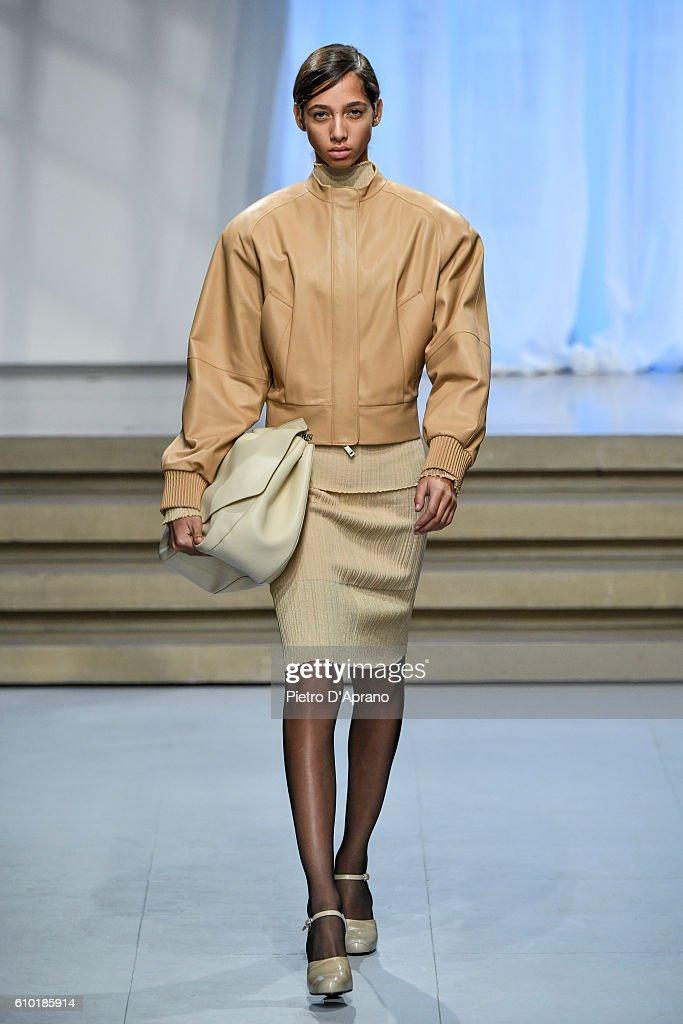 A model walks the runway at the Jil Sander show during Milan Fashion Week Spring/Summer 2017 on September 24, 2016 in Milan, Italy.