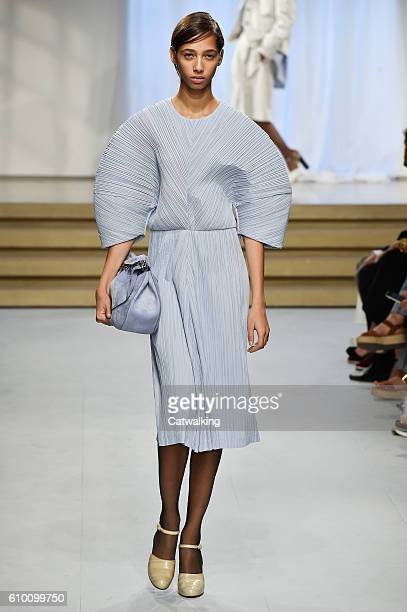 A model walks the runway at the Jil Sander Spring Summer 2017 fashion show during Milan Fashion Week on September 24 2016 in Milan Italy