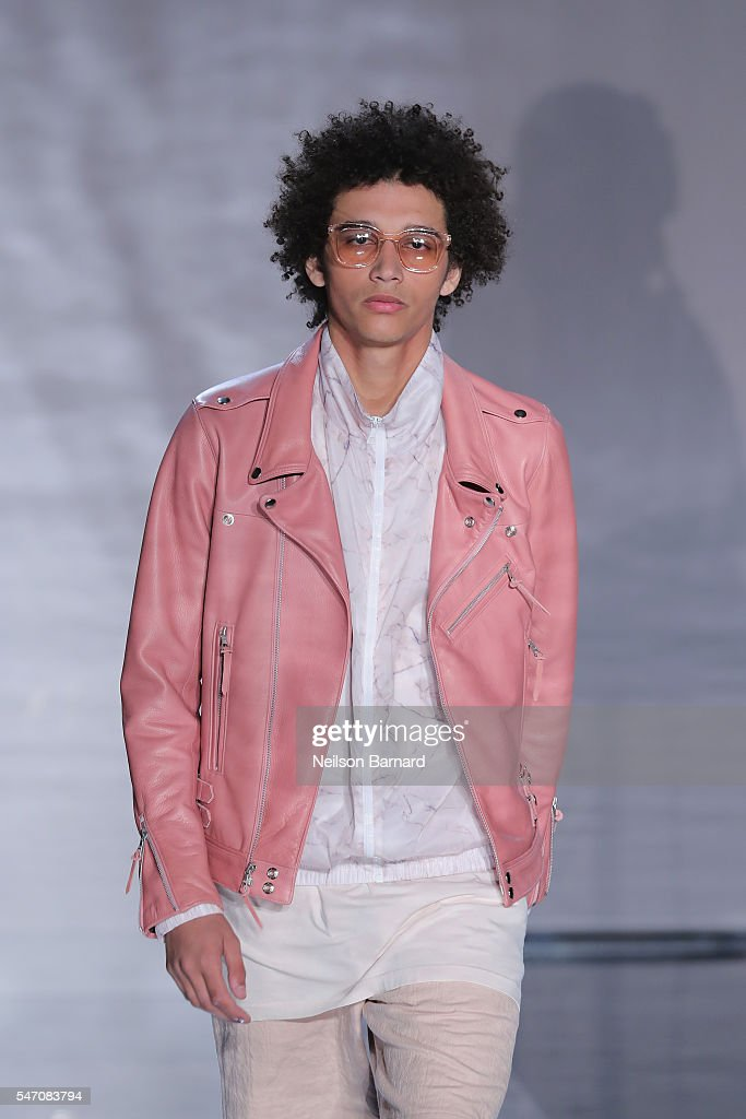 NY: John Elliott - Runway - New York Fashion Week: Men's S/S 2017