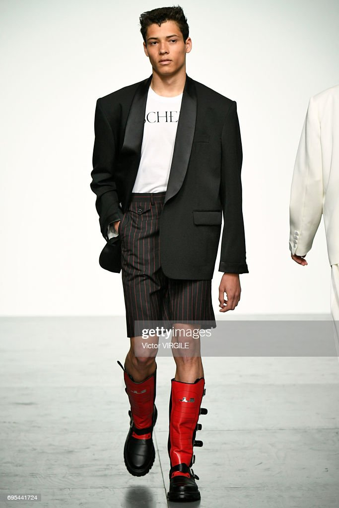 John Lawrence Sullivan - Runway - LFWM June 2017 : ニュース写真