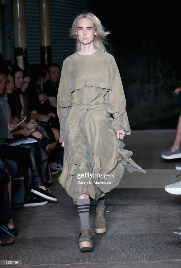Joseph: Runway - London Fashion Week SS15 : News Photo