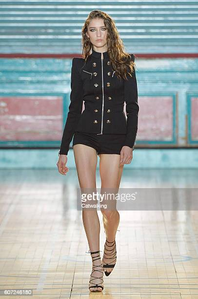 A model walks the runway at the Julien Macdonald Spring Summer 2017 fashion show during London Fashion Week on September 17 2016 in London United...
