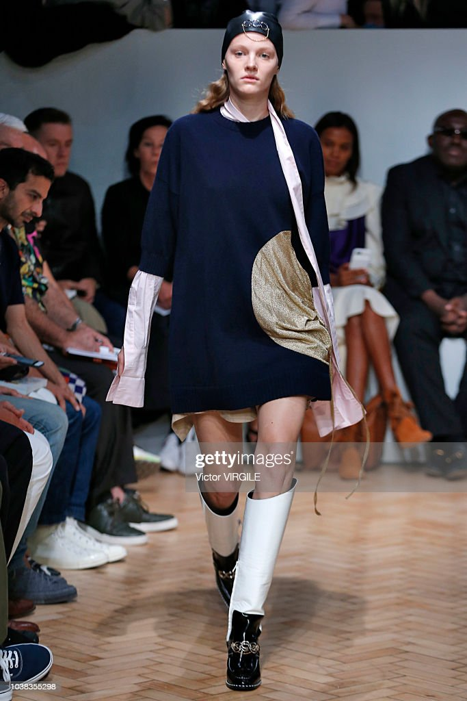 JW Anderson - Runway - LFW September 2018 : News Photo