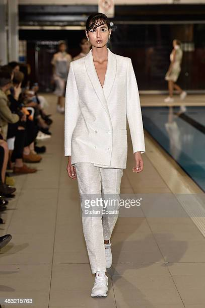 A model walks the runway at the Karla Spetic show during MercedesBenz Fashion Week Australia 2014 at National Centre of Indegenous Excellence on...