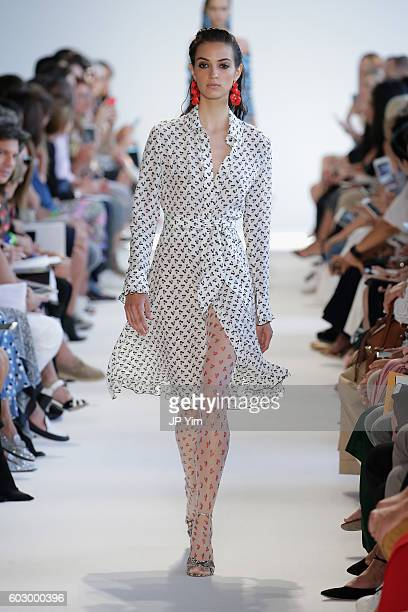 A model walks the runway at the Kerastase Paris at Altuzarra S/S 2016 Show during New York Fashion Week at Spring Studios on September 11 2016 in New...