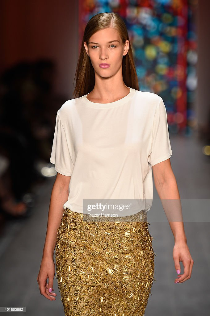 Kilian Kerner Show - Mercedes-Benz Fashion Week Spring/Summer 2015 : Nachrichtenfoto