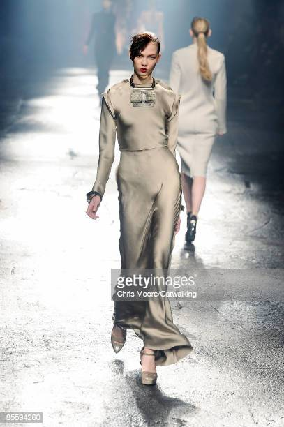 A model walks the runway at the Lanvin ReadytoWear A/W 2009 fashion show during Paris Fashion Week at Halle Freyssinet on March 6 2009 in Paris France