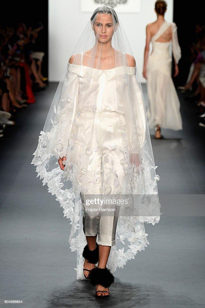 NY: Lanyu - Runway - September 2016 - New York Fashion Week: The Shows