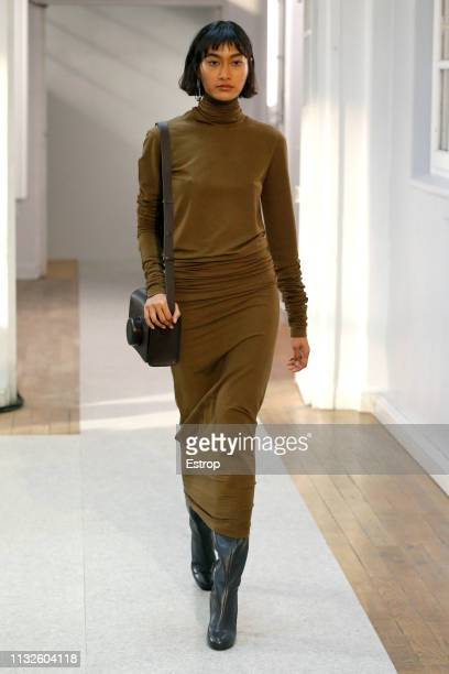 Model walks the runway at the Lemaire show at Paris Fashion Week Autumn/Winter 2019/20 on February 27, 2019 in Paris, France.