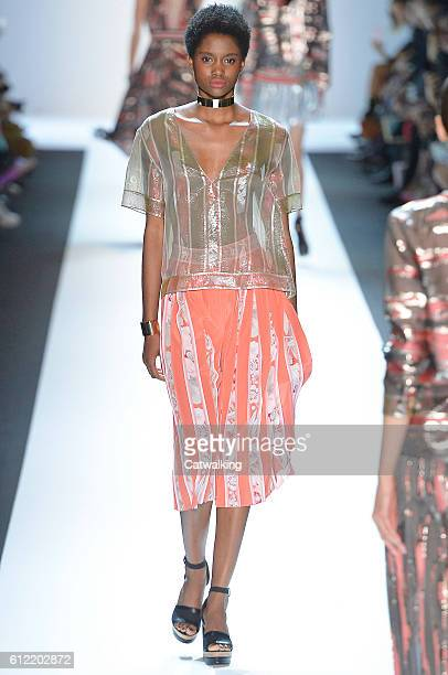 A model walks the runway at the Leonard Spring Summer 2017 fashion show during Paris Fashion Week on October 3 2016 in Paris France