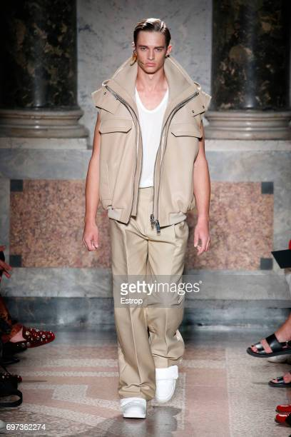 Model walks the runway at the Les Hommes show during Milan Men's Fashion Week Spring/Summer 2018 on June 17, 2017 in Milan, Italy.