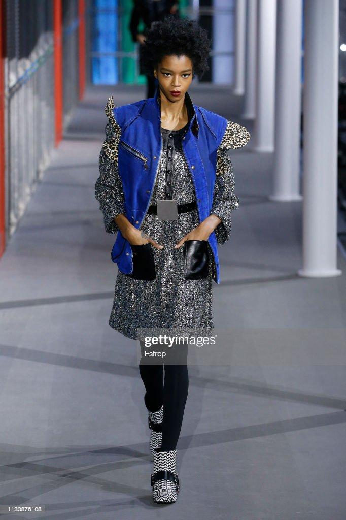 Louis Vuitton : Runway - Paris Fashion Week Womenswear Fall/Winter 2019/2020 : News Photo