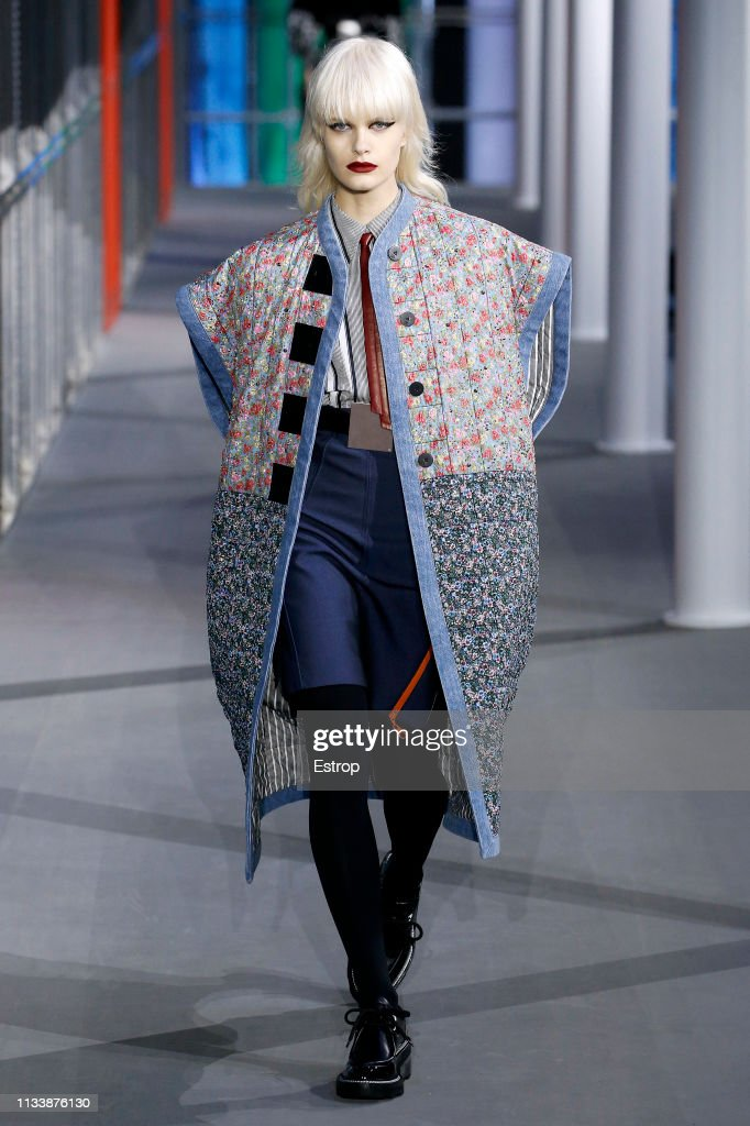 Louis Vuitton : Runway - Paris Fashion Week Womenswear Fall/Winter 2019/2020 : Foto jornalística