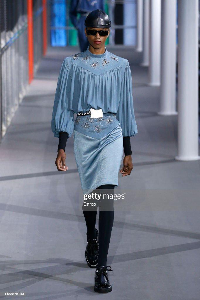 Louis Vuitton : Runway - Paris Fashion Week Womenswear Fall/Winter 2019/2020 : ニュース写真