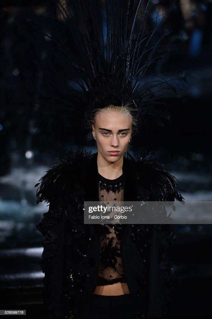 Louis Vuitton - RTW - Spring 2014 - Paris Fashion Week : News Photo