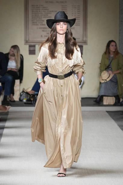 ITA: Luisa Spagnoli - Runway - Milan Fashion Week - Spring / Summer 2022
