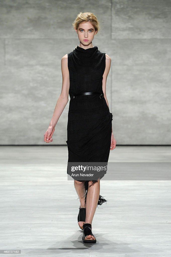 Lupe Gajardo - Runway - Mercedes-Benz Fashion Week Fall 2015 : News Photo