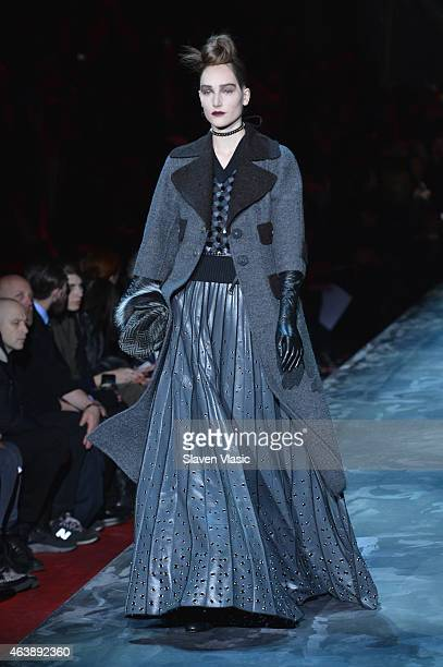 A model walks the runway at the Marc Jacobs fashion show during MercedesBenz Fashion Week Fall 2015 at Park Avenue Armory on February 19 2015 in New...