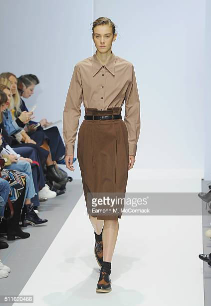 Model walks the runway at the Margaret Howell show during London Fashion Week Autumn/Winter 2016/17 at Rambert on February 21, 2016 in London,...
