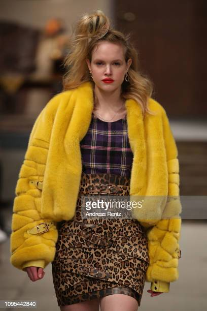 A model walks the runway at the Marina Hoermanseder Defile during 'Der Berliner Salon' Autumn/Winter 2019 at Vollgutlager on January 17 2019 in...