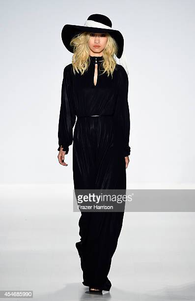 A model walks the runway at the Mark And Estel fashion show during MercedesBenz Fashion Week Spring 2015 at The Salon at Lincoln Center on September...