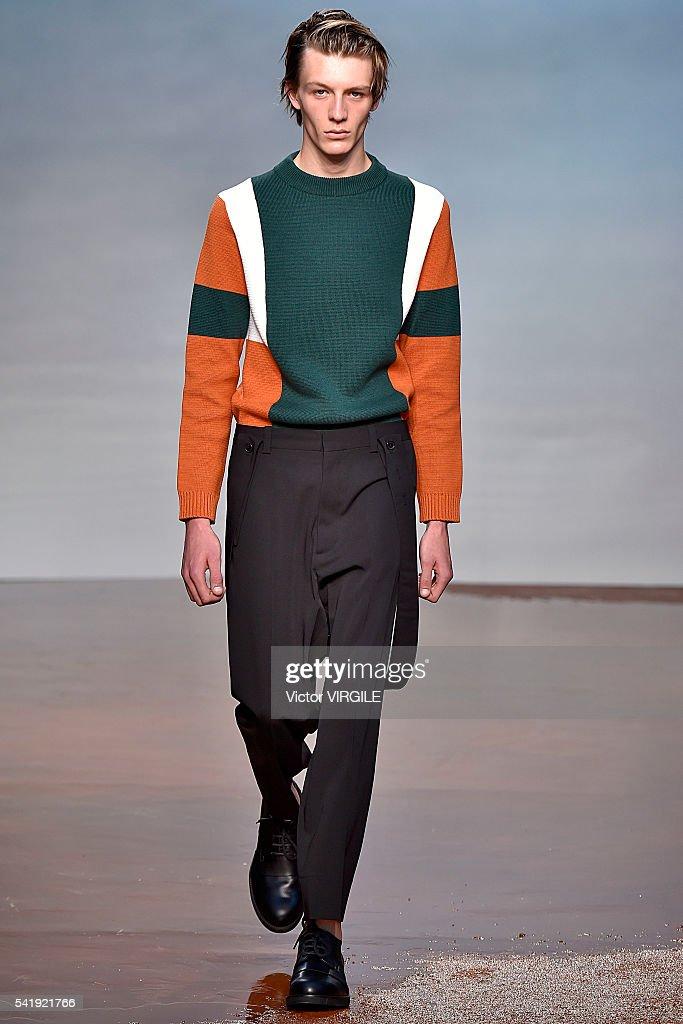 Marni - Runway - Milan Men's Fashion Week SS17 : News Photo