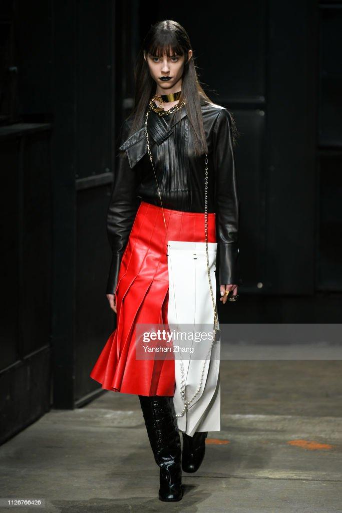 Marni - Runway: Milan Fashion Week Autumn/Winter 2019/20 : News Photo