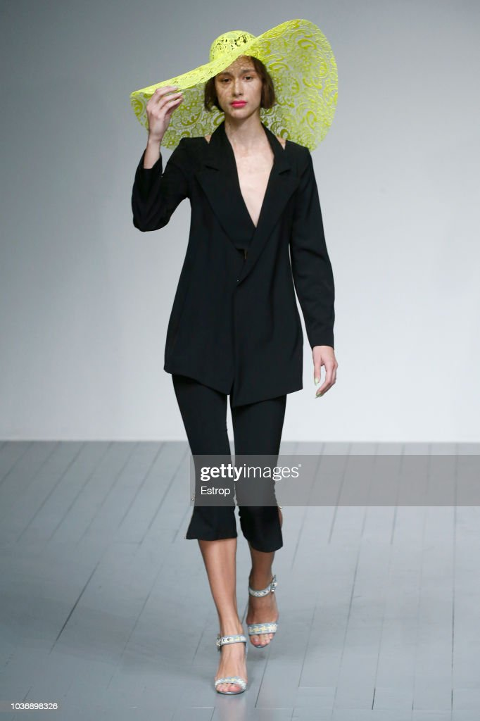 A model walks the runway at the Marta Jakubowski Show during London Fashion Week September 2018 at The BFC Show Space on September 14, 2018 in London, England.