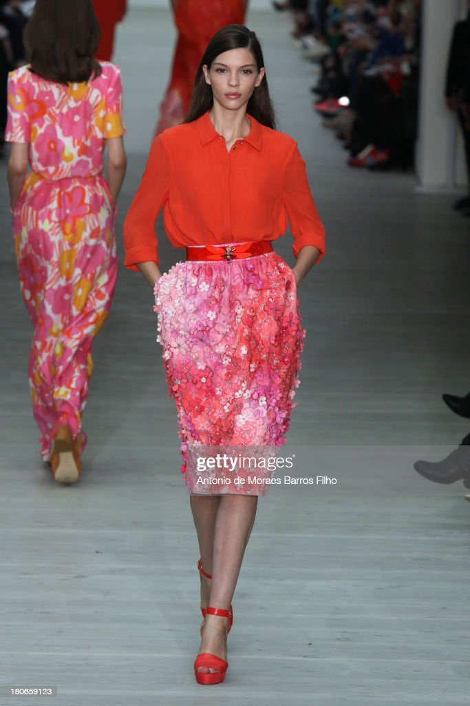Matthew Williamson: London Fashion Week SS14 : News Photo