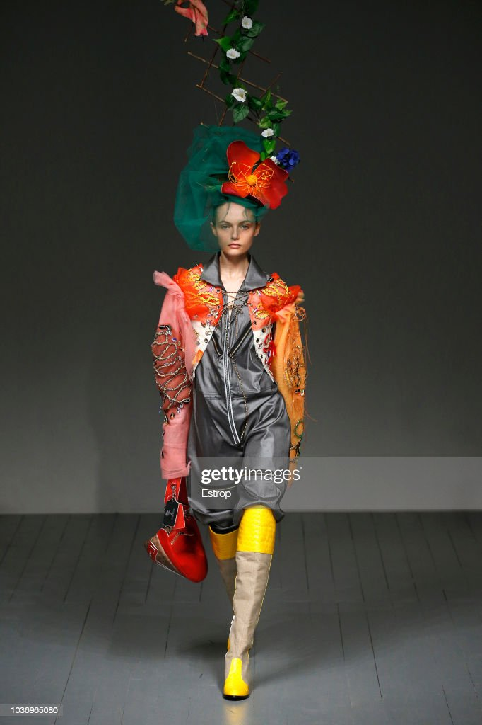 Matty Bovan - Runway - LFW September 2018 : ニュース写真