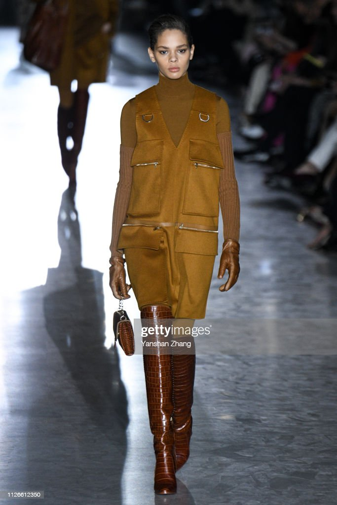 Max Mara - Runway: Milan Fashion Week Autumn/Winter 2019/20 : News Photo