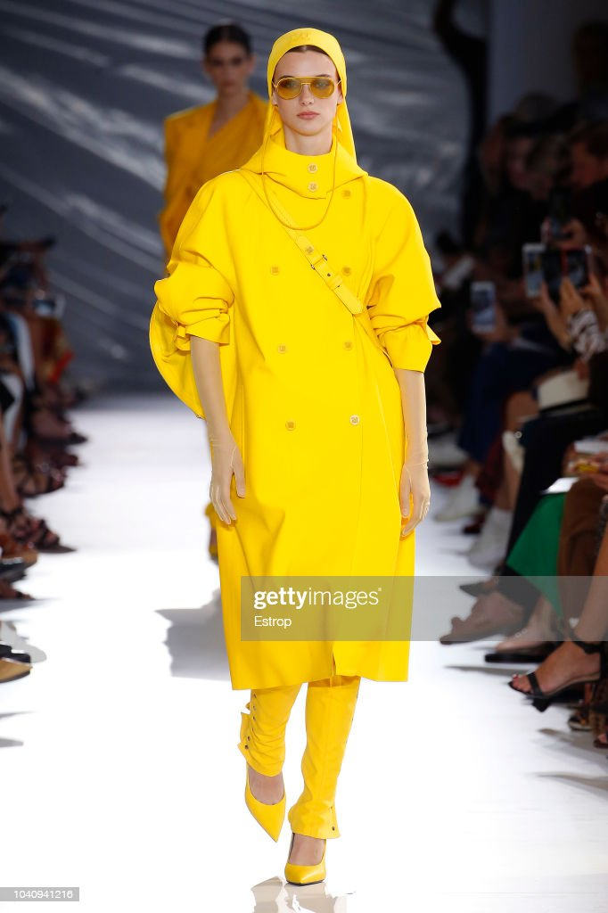 Max Mara - Runway - Milan Fashion Week Spring/Summer 2019 : ニュース写真