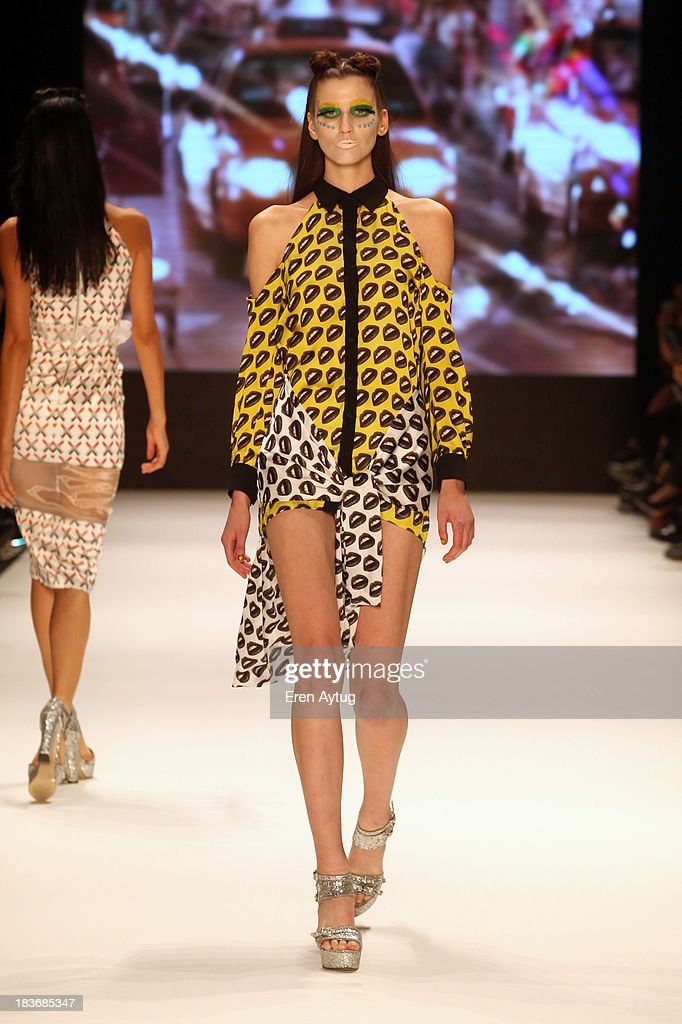 Maybelline New York By DB Berdan - Runway - MBFWI S/S 2014 Presented By American Express : News Photo