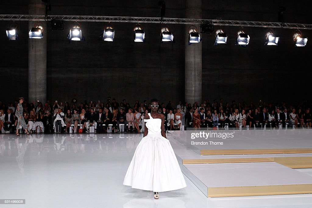 A model walks the runway at the Mercedes-Benz Presents Maticevski show at Mercedes-Benz Fashion Week Resort 17 Collections at The Cutaway, Barangaroo Reserve on May 15, 2016 in Sydney, Australia.