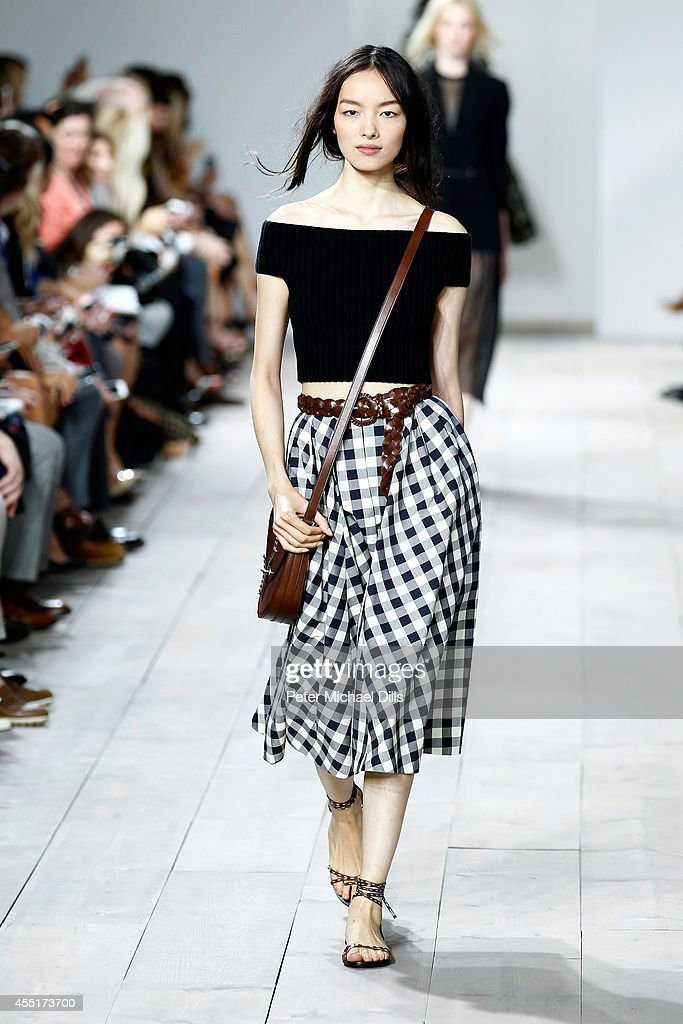 Michael Kors Spring 2015 Fashion Show - Runway : News Photo