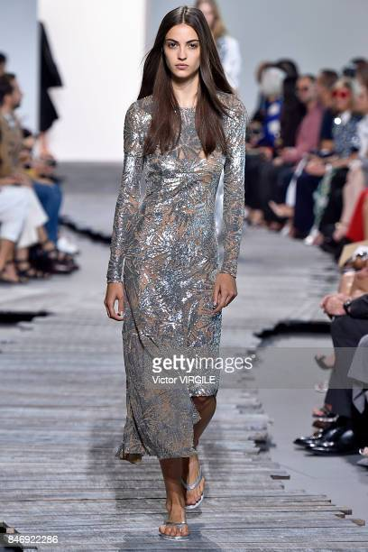 A model walks the runway at the Michael Kors Ready to Wear Spring/Summer 2018 fashion show during New York Fashion Week on September 13 2017 in New...